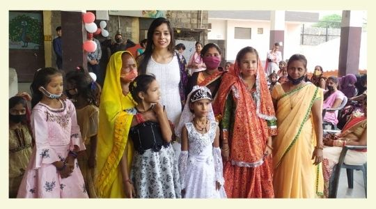 Vidisha with differently-abled children and their families